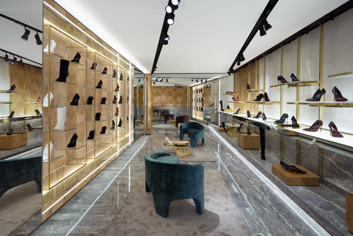 A new casadei boutique in rome collezioni for Boutique rome