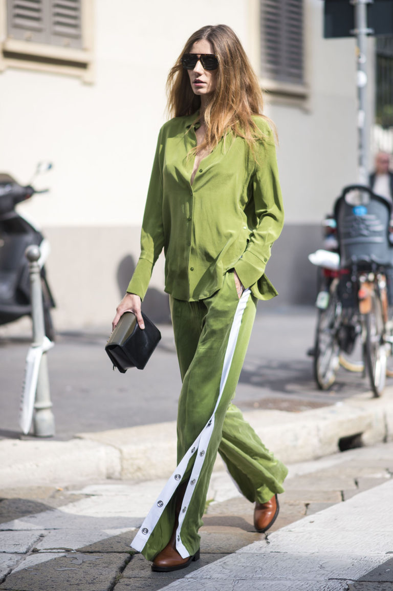 Language In 45 And 47 Stella Street: Green, The New Spring Summer 2018 Colour COLLEZIONI